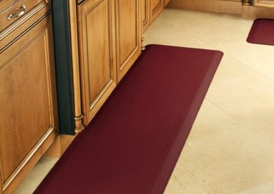 75c1e0b6-66a9-11e8-a8de-525400d183e6_hd_anti-fatigue-mats-kitchen-red