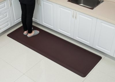 ea59771e-66a8-11e8-863e-525400e16d32_hd_comfort-mat-brown-2